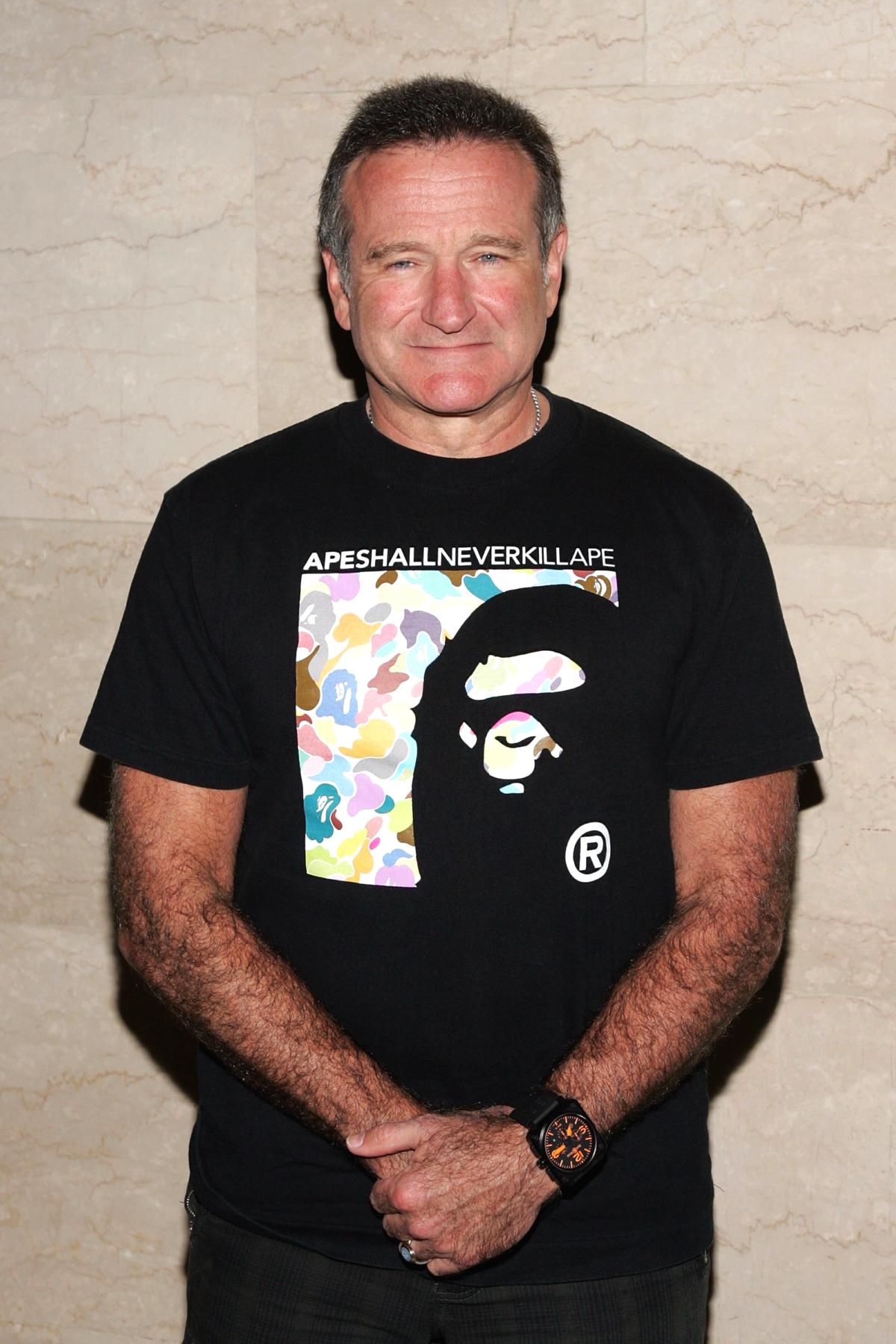 Робин Уильямс в футболке BAPE – 10 культовых образов актера