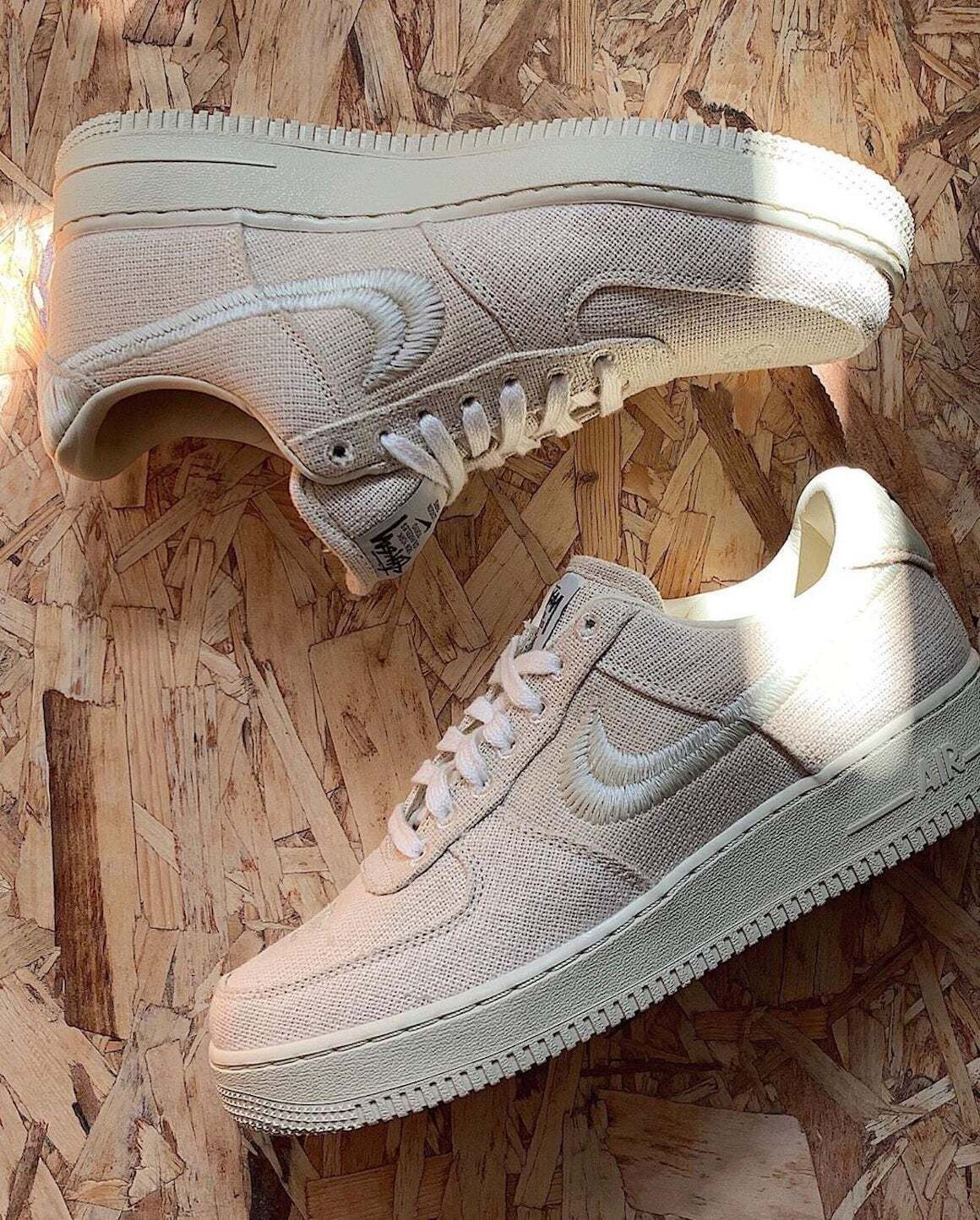 Stussy x Nike Air Force 1 «Fossil Stone»