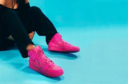 Женские кроссовки — какую пару выбрать весной 2021 года