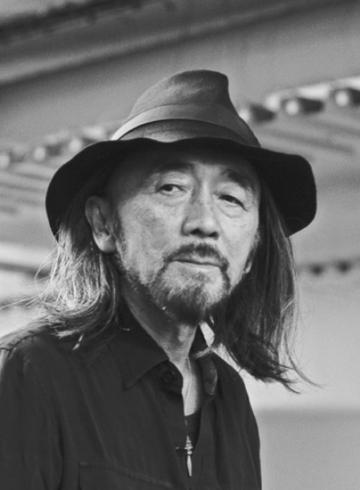 Йоджи Ямамото - биография японского дизайнера