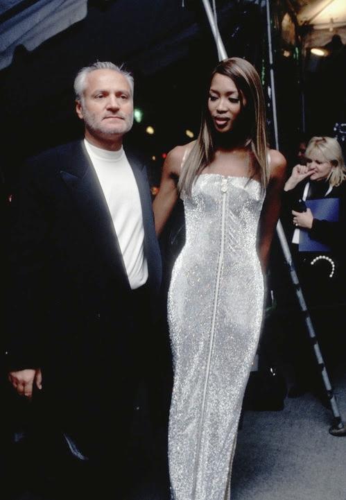 Met Gala 1995: «Haute Couture» Наоми Кэмпбелл и Джанни Версаче