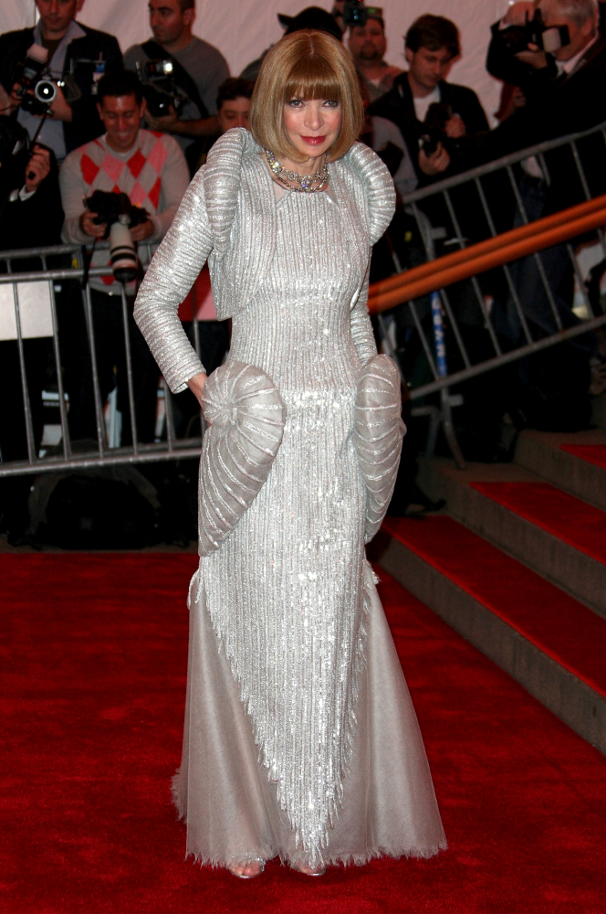 Met Gala 2008: «Superheroes: Fashion and Fantasy» Анна Винтур