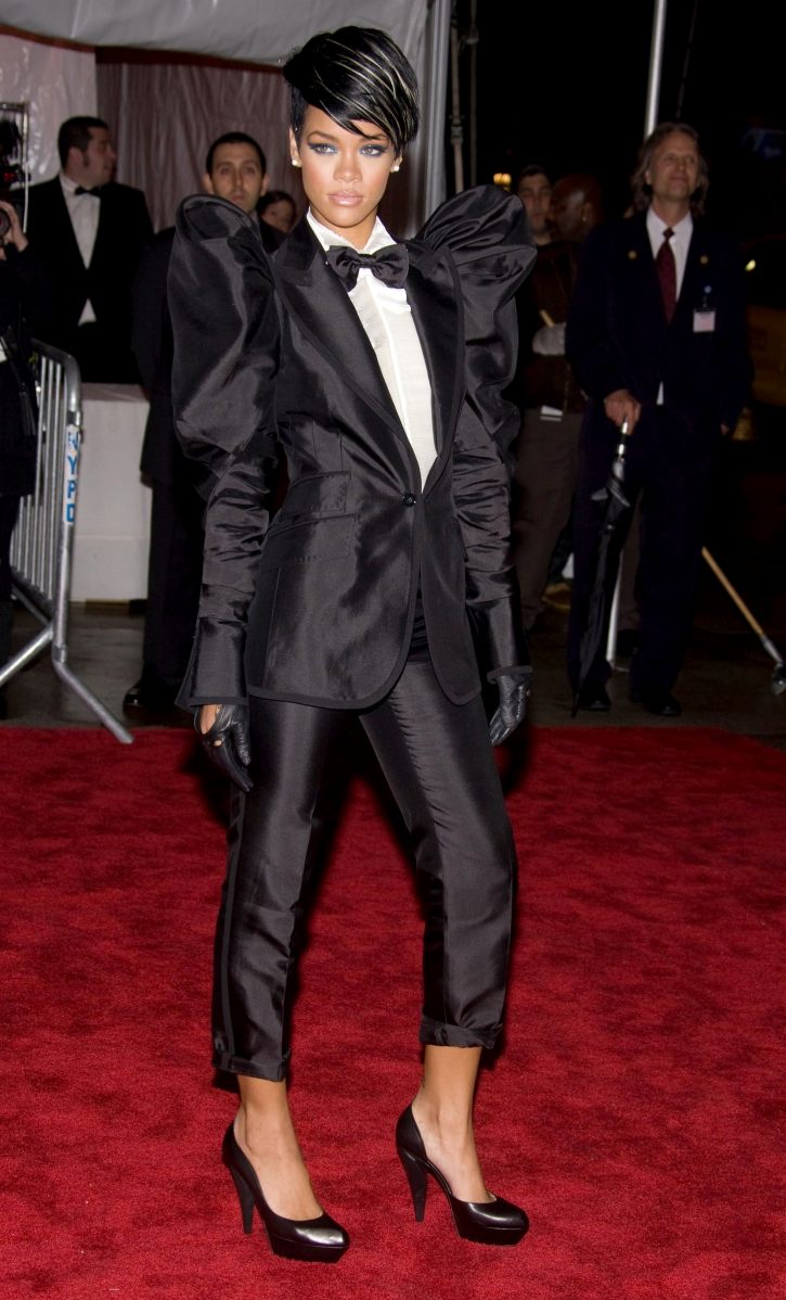 Met Gala 2009: «The Model as Muse: Embodying Fashion» Рианна